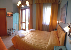 camere Hotel Cecco di Nara a Massarosa